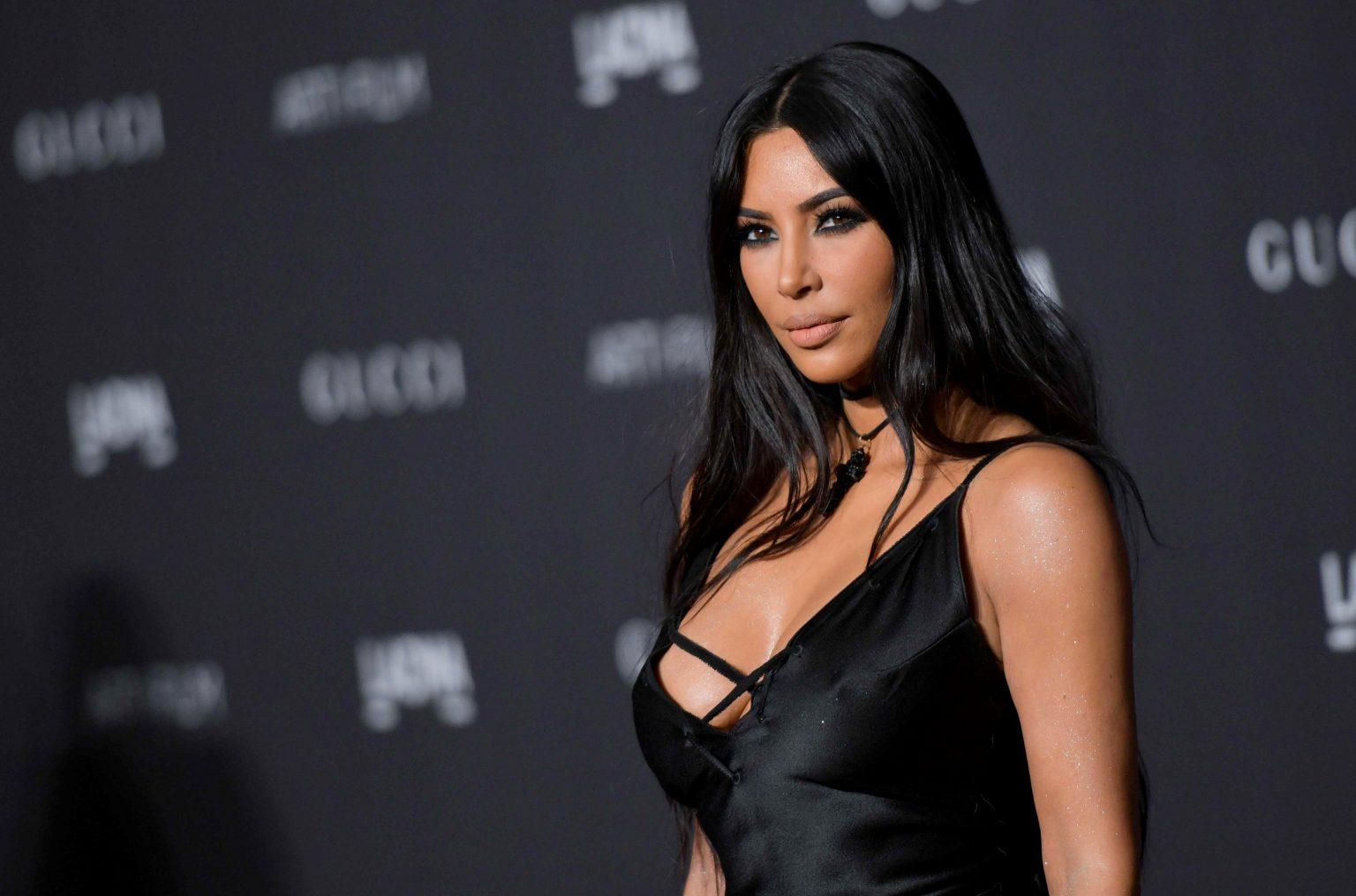 Kim Kardashian je přesný příklad zaplacené influencerky, která pumpuje krypto tokeny, o nichž nic neví a mohly by poškodit investory